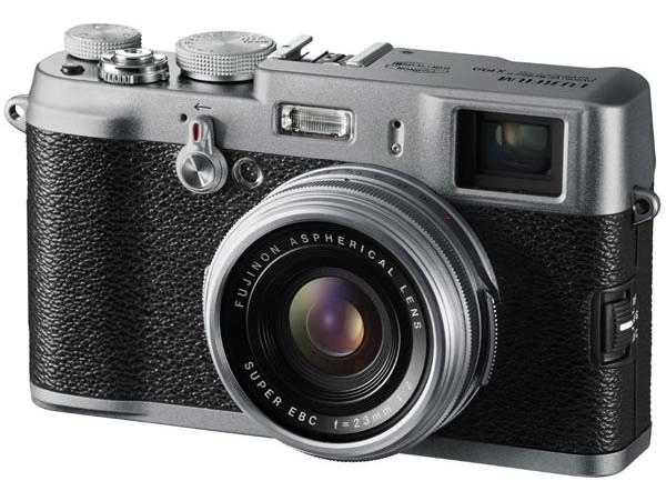 Прикрепленное изображение: Fujifilm Finepix X100.jpg